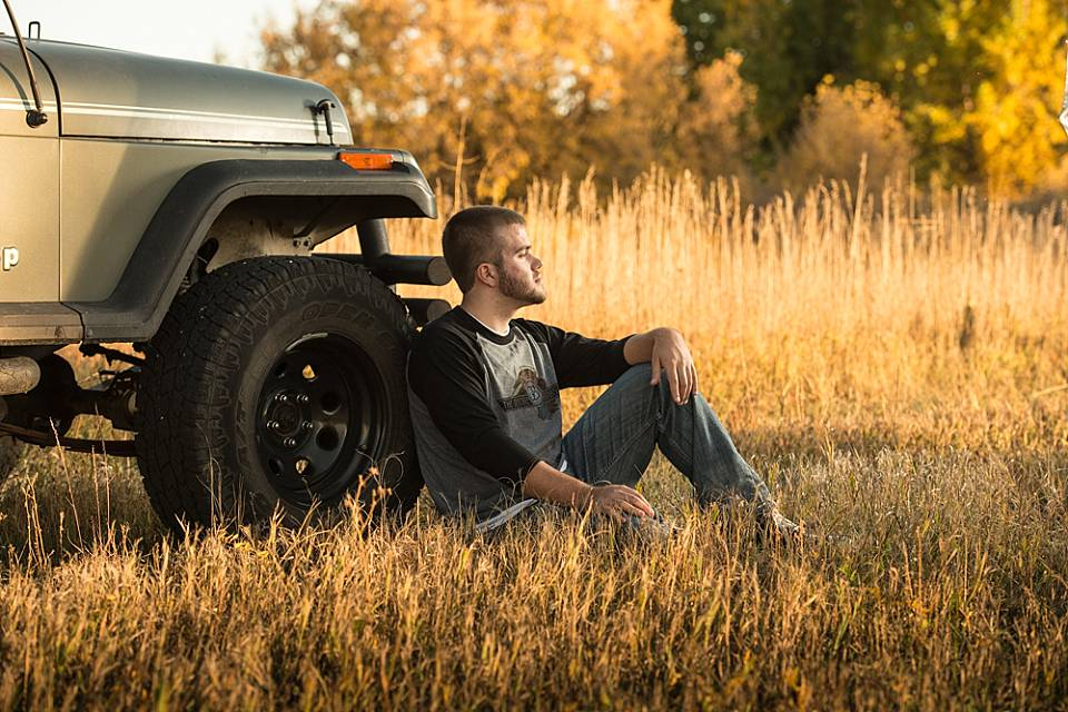 senior boy with jeep