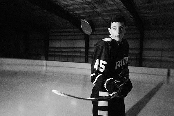 hockey player showing his skills