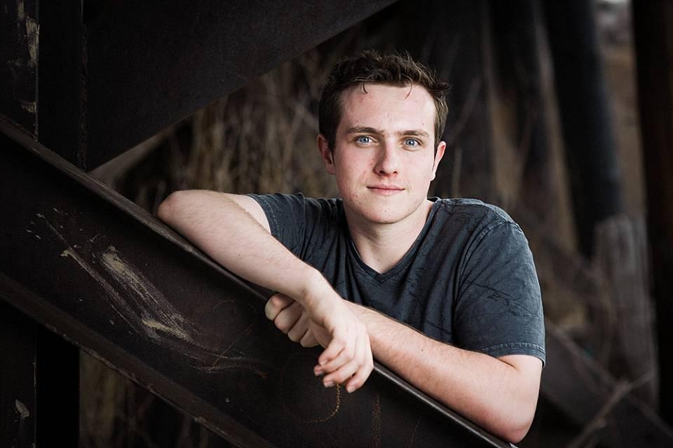 erie senior boy outdoor portrait